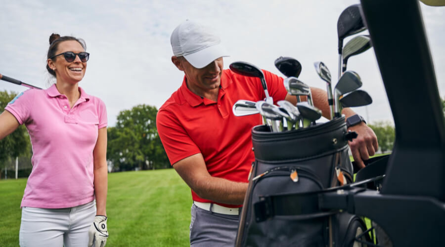 What Is The Cleveland CG Stand Golf Bag