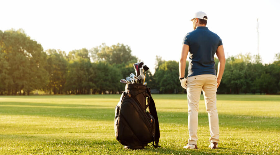 Beneficial Features Of Cleveland CG Golf Stand Bag