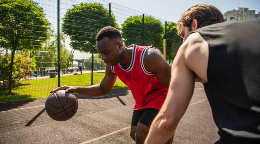 Indoor VS Outdoor Basketball Differences